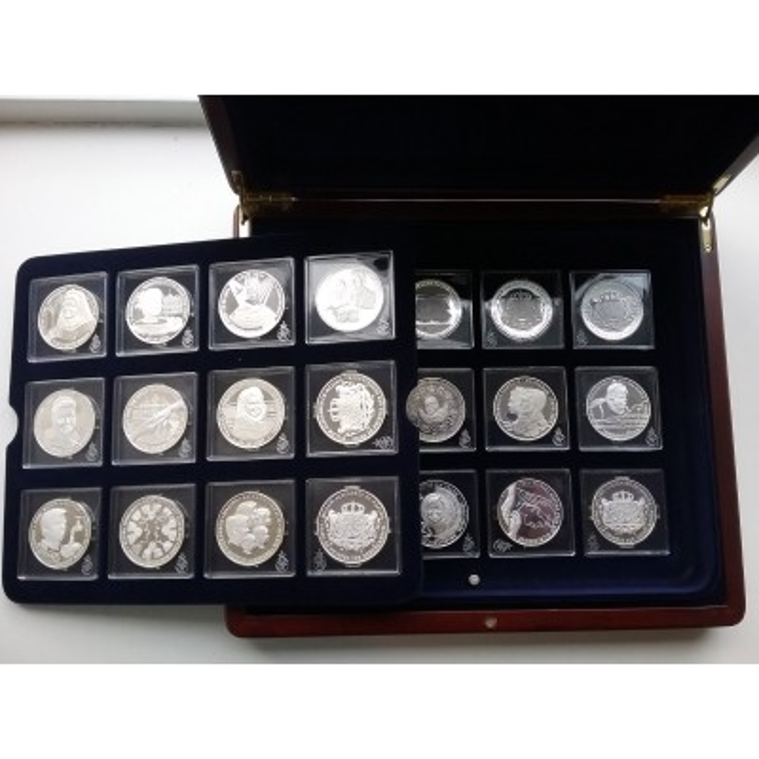 48-Delige zilveren munten set Oranje Naussau